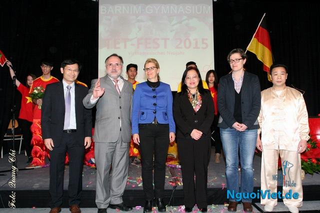 ĐS Đoàn Xuân Hưng và nghị sỹ Đức Martin Pätzold sẽ thăm và làm việc với Trường Barnim Gymnasium (25.05.2016)