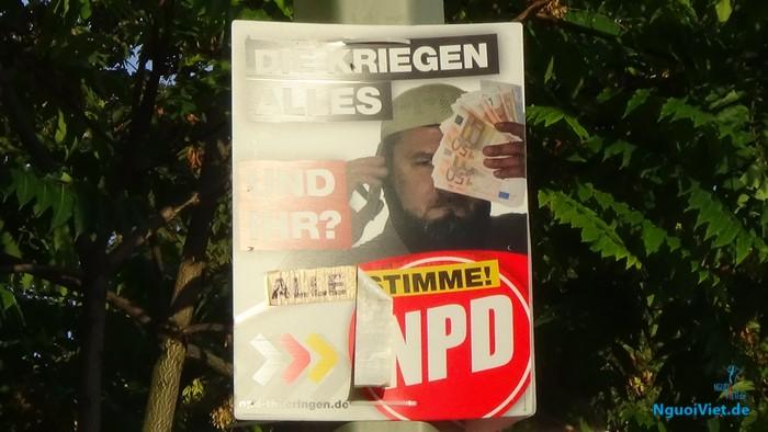 Tranh cổ động của NPD trong cuộc tranh cử ngày 18.09.2016 tại Berlin.