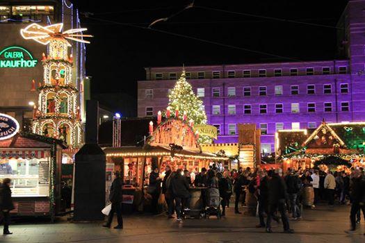 Halle: Chợ Noel về đêm