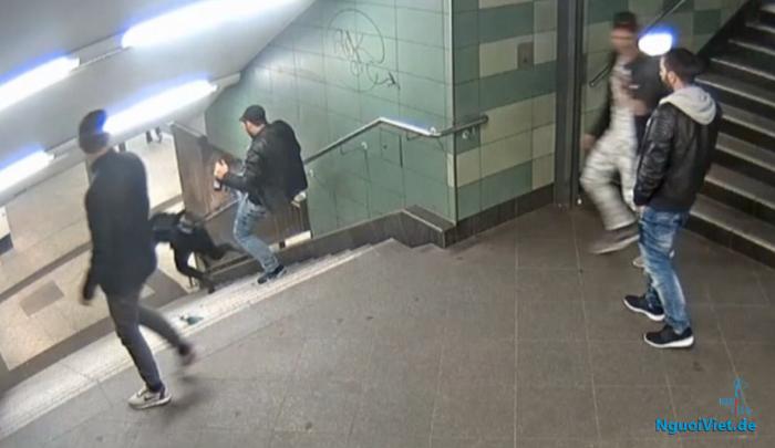 Cảnh sát Berlin truy nã kẻ đạp người phụ nữ ngã 'dập mặt' ở ga tàu ngầm