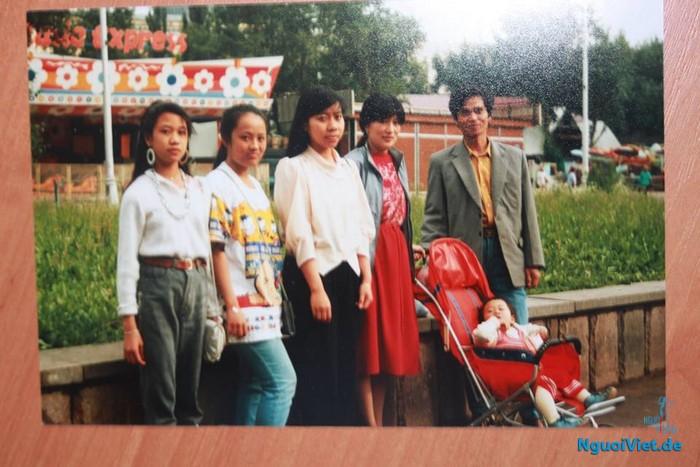 Cháu Quỳnh Nga (đầu tiên, bên trái). Nguồn: Gia đình