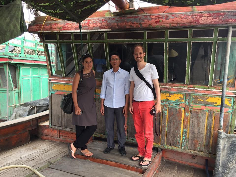 Hai nhà báo ông Denis Nordmann và bà Wenger quốc tịch Thụy Sĩ bị yêu cầu xuất cảnh khỏi Việt Nam (ảnh; Facebook Anthanh Linhgiang)