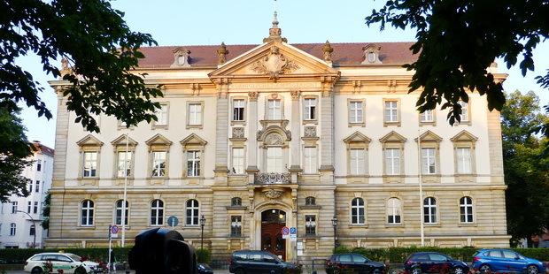 Tòa án quận Charlottenburg. Ảnh: Internet