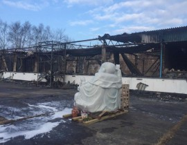Pho tượng duy nhất còn sót lại qua vụ cháy chùa Vạn Phước đêm Rằm tháng Giêng năm 2017. Ảnh: Phật tử Nguyên Chân