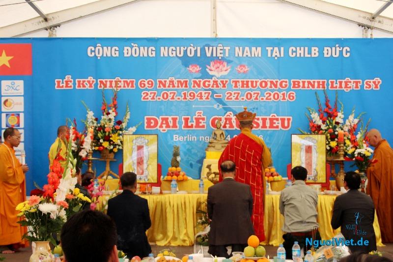 (VTC10) Người Việt ở Đức kỷ niệm Ngày Thương binh Liệt sĩ và cầu siêu cho các Anh hùng liệt sĩ