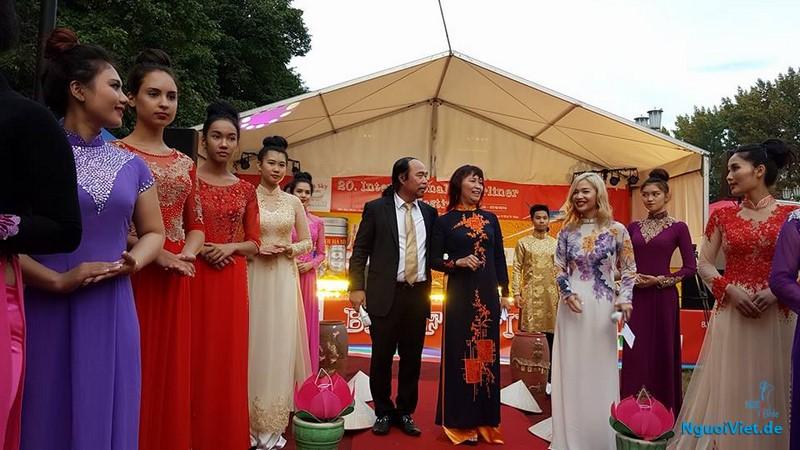 Bia Việt Nam tham dự Liên Hoan bia Quốc tế Berlin lần thứ 20