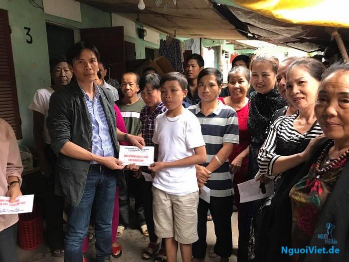 Cộng đồng người Việt vùng Leipzig hỗ trợ đồng bào bị lũ lụt ở Quang Bình 14.000 Euro