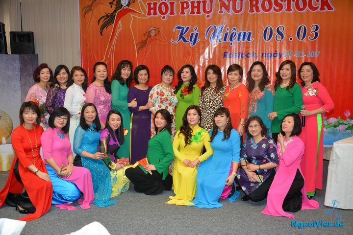 Hội Phụ nữ Rostock kỷ niệm Ngày Quốc tế Phụ nữ 2017. Ảnh: Duy Long